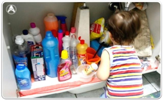 produto-quimico-crianca