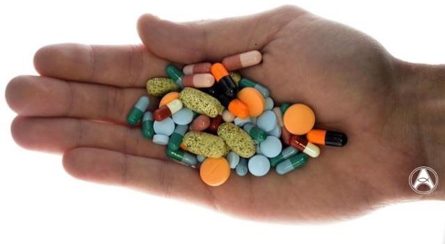mão medicamentos